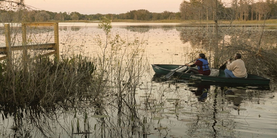 Canoeing, Fishing, and more - At The Great Escape Lakeside