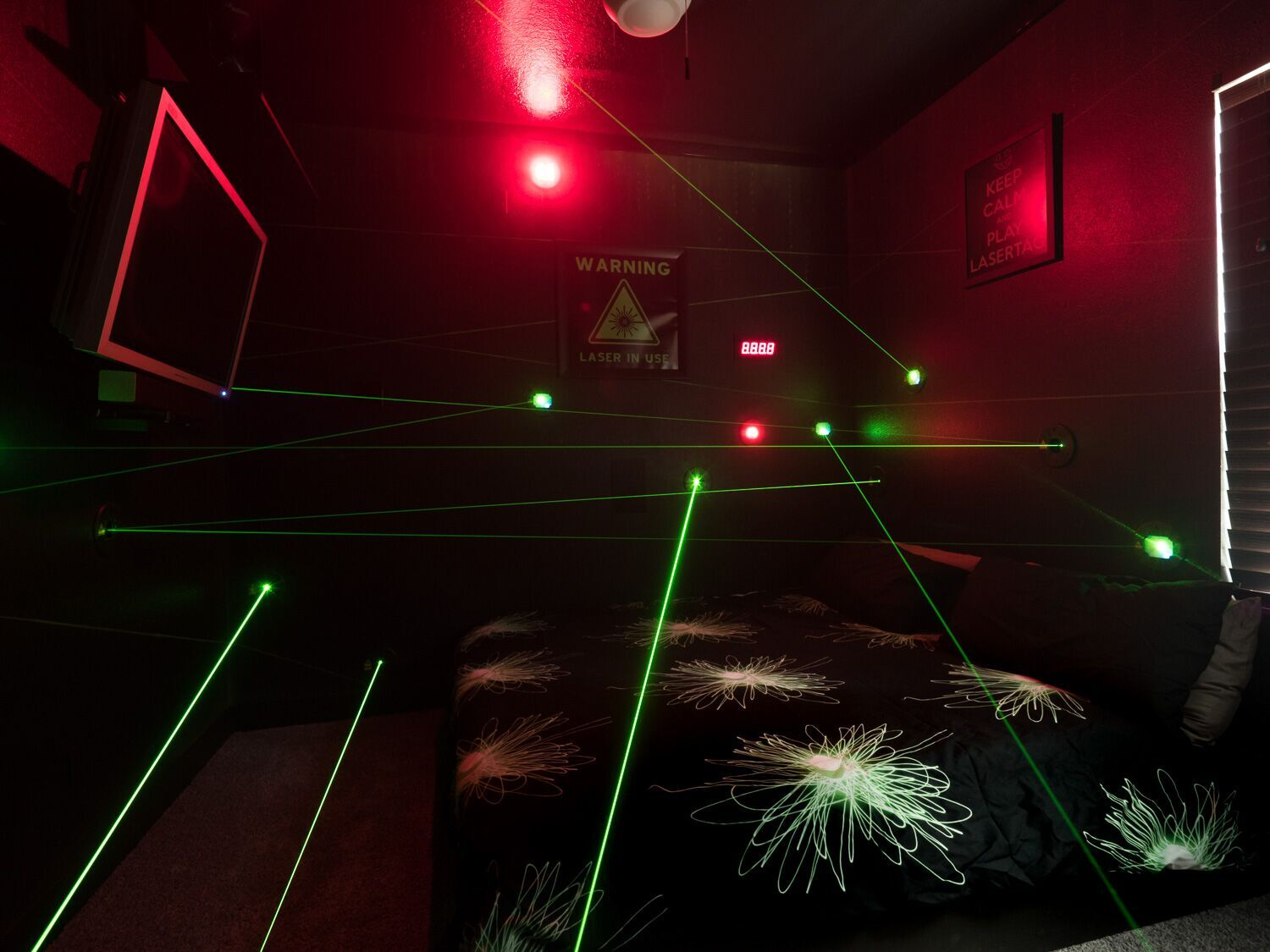 Sleep under lasers at The Great Escape Lakeside vacation rental