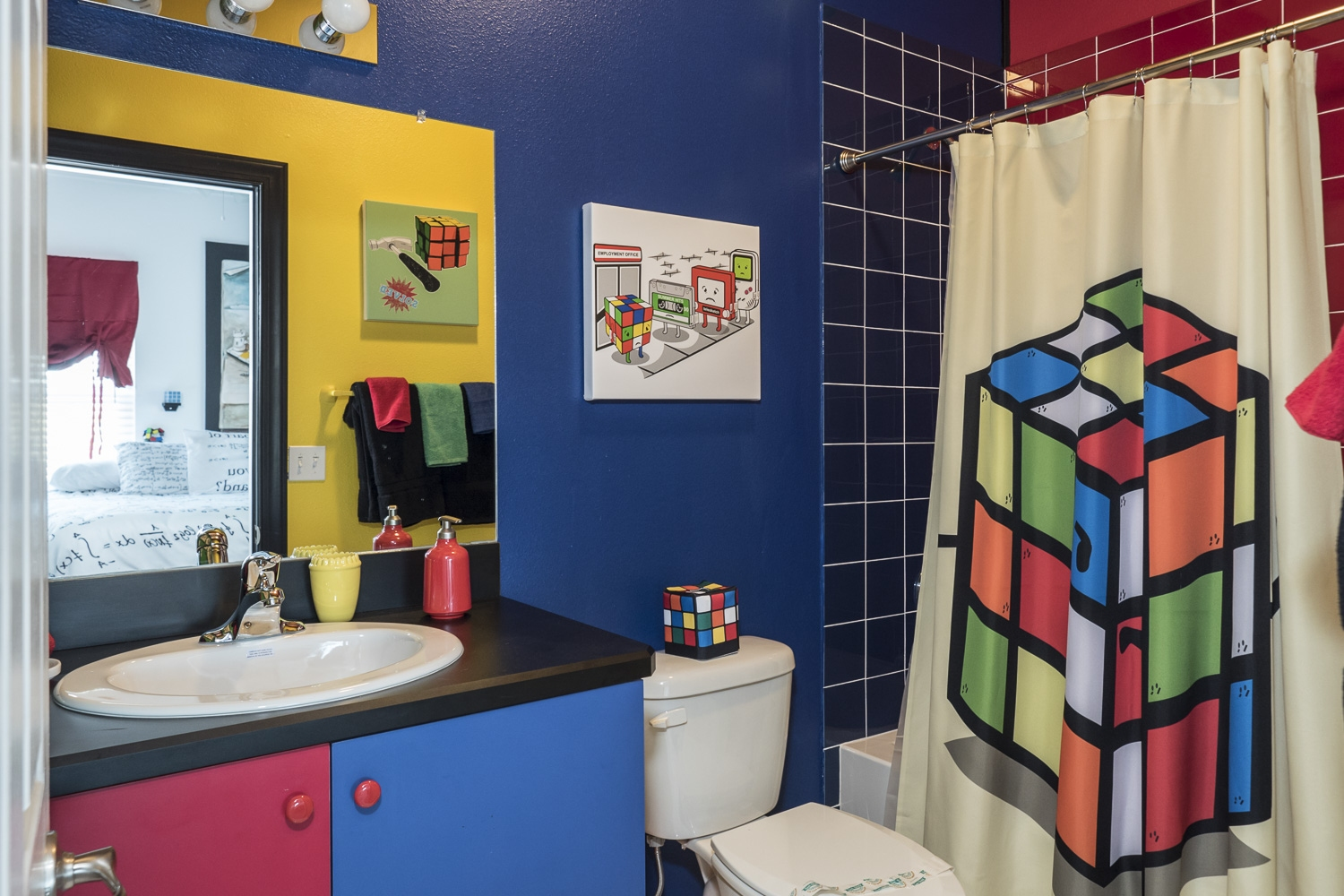 Rubik Cube Bathroom