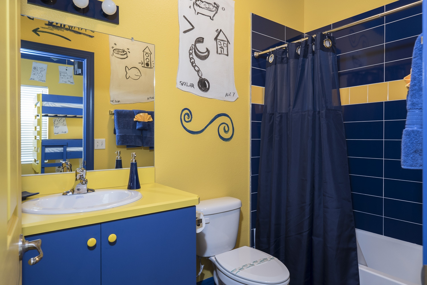 Luxury themed bathrooms at the great escape lakeside for How to beat escape the bathroom